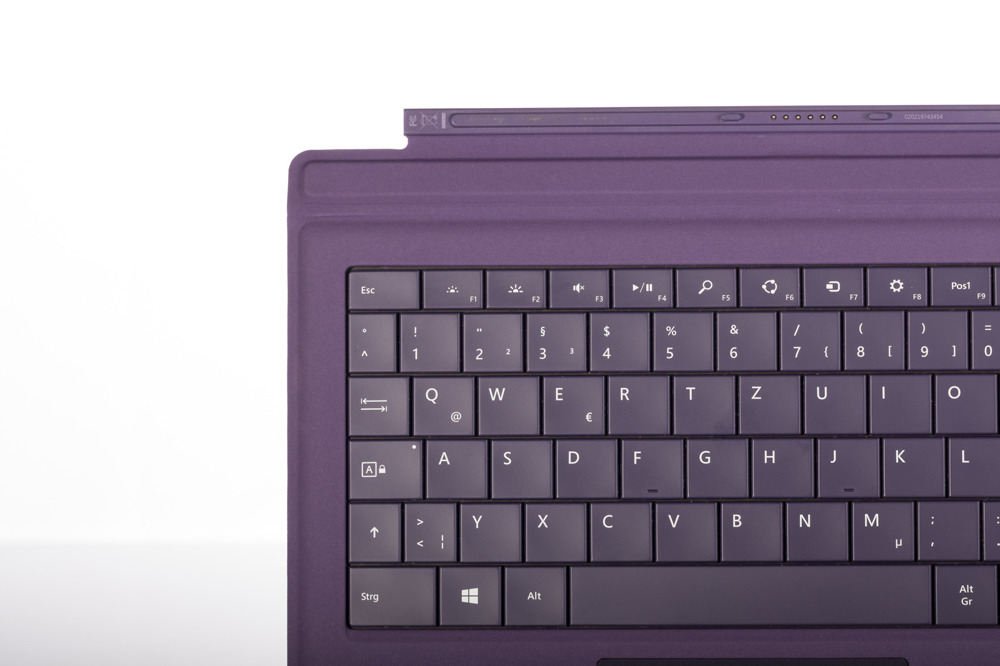 Keyboard Microsoft Surface Type Cover Pro 3 Purple QWERTZ (German) Grade B